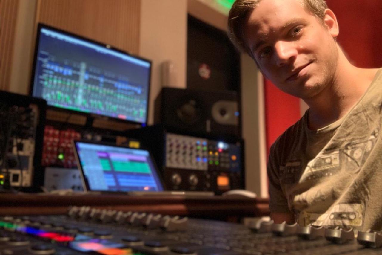 DZ Estudio: un amplio espacio para grabar y ensayar en Rosario